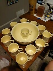 Vintage Tom And Jerry Homer Laughlin Bowl Set With 12 Cups And Recipe Made In Us