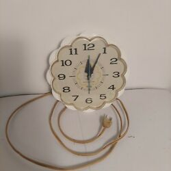 Vintage General Electric Ge White Daisy Kitchen Wall Clock Model 2150 Working