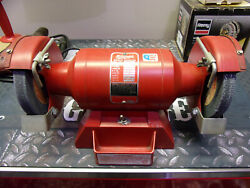 Milwaukee Vintage Red 4935 6andrdquo Bench Grinder 1/2and039and039 Arbor 3.8a Made In The Usaandnbsp