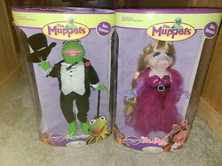 The Muppets Kermit The Frog And Miss Piggy 12 Porcelain Dolls Unopened