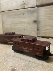 Lot Of 2 Older Lionel O Scale Cabooses 64173 536417