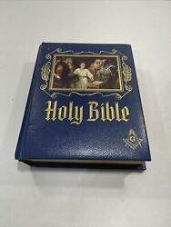 1971 Masonic Holy Bible Master Reference Edition Heirloom Red Letter