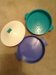 Tupperware Vintage Small Microsteamer Meals In Minutes Set Dish, Colander, Cover