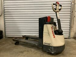 Crown Wp2335-45 4500lb Electric Pallet Jack Great Batteries Nice Condition