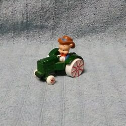 Looney Tunes Porky Pig On Tractor Diecast