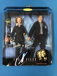 X-files Ken And Barbie Doll Giftset Scully Mulder 1998 Mattel 19630 Plus Extras