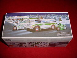 2004 Christmas Hess Truck With Motorcycles New In Box