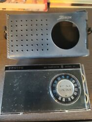 Vintage Zenith Royal 51 Portable Radio With Leather Case