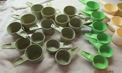 Lot Of 40 Piece Tupperware Measuring Cups Vintage Mixed Colors And Sizes Euc