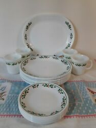 Corelle 1991 Winter Holly 26 Piece Dishes Set