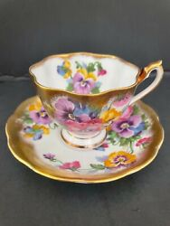 Vintage Queen Anne Fine Bone China Teacup And Saucer - Pattern 5216