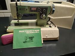 Vintage Dressmaker Precision Deluxe Zig Zag Sewing Machine Kns Beige And Mint Gree