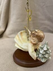 Goebel Hummel Angel Ornament 1988 First Edition Flying High With Stand