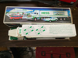 Hess Truck 18 Wheeler And Racer Display Used Only Never Played With Toy 1992