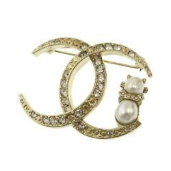 Rhinestone And Faux Pearl Gold Coco Mark Brooch Auth 090607