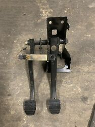 BMW E30 MANUAL PEDAL ASSEMBLY CLUTCH PEDAL ASSEMBLY Manual Swap Parts $289.00