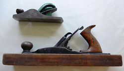 2 Wood Planes - Antique Stanley Rule And Level No 27 + Old Sargent And Co 107-16 2