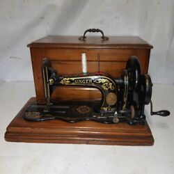 1884 Singer 12 K New Family Sewing Machine With Wooden Case Acanthus Decal