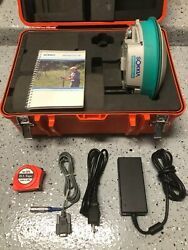 Sokkia Gps Gsr2700is Base Receiver / Rover W/ Antenna Charger And Case - Works