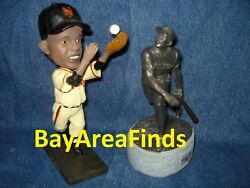 San Francisco Giants Willie Mays World Series Catch Bobblehead And Statue Sga