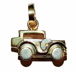 Fully Hallmarked 9ct 2 Colour Gold Traditional Car Charm With Moving Wheels