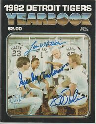 Morris Whitaker Gibson Autographed Vintage 1982 Detroit Tigers Yearbook Signed