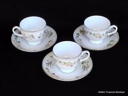 Wedgwood Mirabelle R4537 3 Cups And Saucers Cream Pastel Floral Beautiful