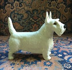 NYMPHENBURGPORCELAINPorzellan GermanTERRIER DOG FIGURINE;Signed