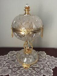 Antique Crystal And 18k Gold Plate Perfume Base On Pedestal With 6 Bottles