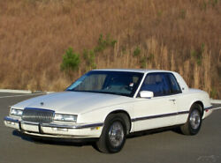 1990 Buick Riviera PREMIUM SOUTHERN PEARL WHITE COLD AC 3800 V6 FUEL INJECTION CLEAN ORIGINAL ENTRY LEVEL COLLECTOR LEATHER A REGAL REATTA COUPE 2 DOOR SISTER