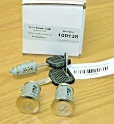 New Freightliner Columbia Cascadia Set Of 2 Doors And Ignition Lockset W/ 2 Keys