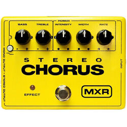 MXR M134 Stereo Chorus Guitar Effects Pedal Stompbox Footswitch w Power Supply