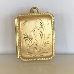 Locket Charm Italian Made Solid 18k Gold Holds 2 Photos Well Made