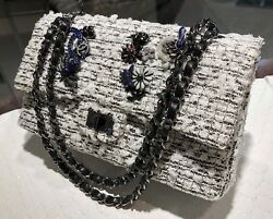 Limited Edition - Chanel - BlackWhite Tweed 2.55 Reissue - Silver Hardware