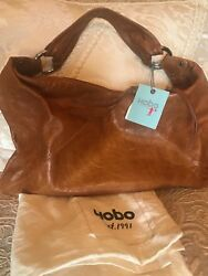 HOBO INTERNATIONAL bag. Caramel leather in excellent condition.