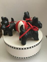 3 SCOTTISH TERRIER ON DARLING MUSIC BOX