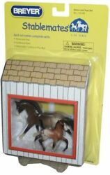 Breyer Stablemates 1:32 Scale Playset - Horse and Foal with Cardboard Barn and