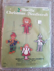 Bucilla Dorothy & Friends Christmas ornament felt kit Wizard of Oz 2113