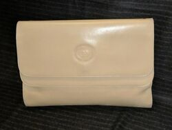 VINTAGE GUCCI ITALY BEIGE FOLDOVER CLUTCH WITH REMOVABLE STRAP INCLUDED