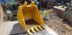 New 1100mm Excavator Digging Bucket Suit 20 Ton 80mm Pin 325mm X 460mm Andpound1500+vat