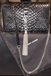 YSL KATE CHAIN WALLET WITH TASSEL IN 100% PITONE LEATHER. STYLE 452159LVY1E1000