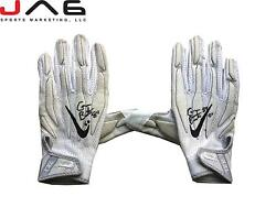 Tampa Bay Buccaneers Cameron Brate Signed Game Used Gloves
