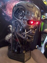 Terminator Salvation T-700 Life Size Endoskull Bust Sideshow Statue Watch Item