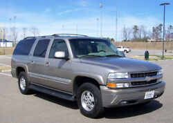 2002 Chevrolet Suburban 1-OWNER LT 5.3L 3RD REAR SEAT HEATED LEATHER WAGON NICE GA DUAL AC CRUISE TOW COMP 2 CHEVY TAHOE GMC YUKON DENALI CADILLAC ESCALADE