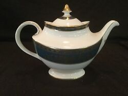 2 Piece Tea Pot Teapot In The Royal Doulton Earlswood Pattern
