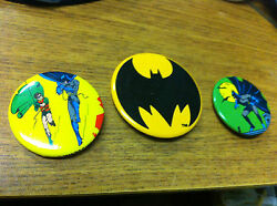 Batman The Movie 1989 Lot Of 3 Promotional Movie Buttons Batman And Robin Dc Com