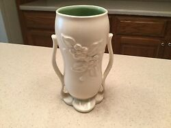 Vintage Red Wing Usa 1360 Double Handle Floral Vase Cream And Green