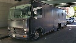 PRICE LOWERED!!! 30' MOBILE BUSINESS TRUCK BUILD ANY BUSINESS WITH IT
