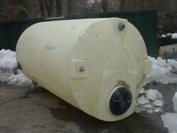 1500 Gallon Poly Tank With Domed Top And Flat Bottom