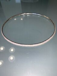 CHANEL authentic 750 gold necklace 8 carats of diamonds.